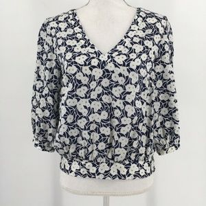 Postmark Skipped Beats Blouse V Neck 3/4 Sleeve